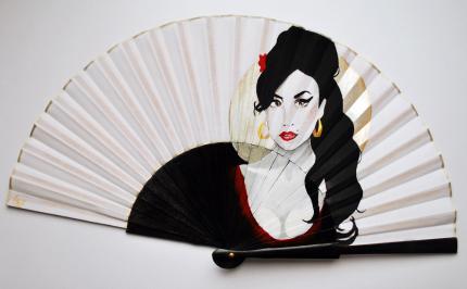Amy Winehouse handfan made by Gigi