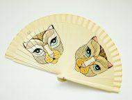 Gigi-hand-fans-cats1
