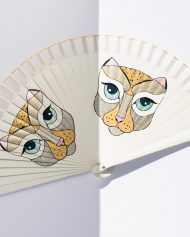 hand-fan-cats-gigi-2019