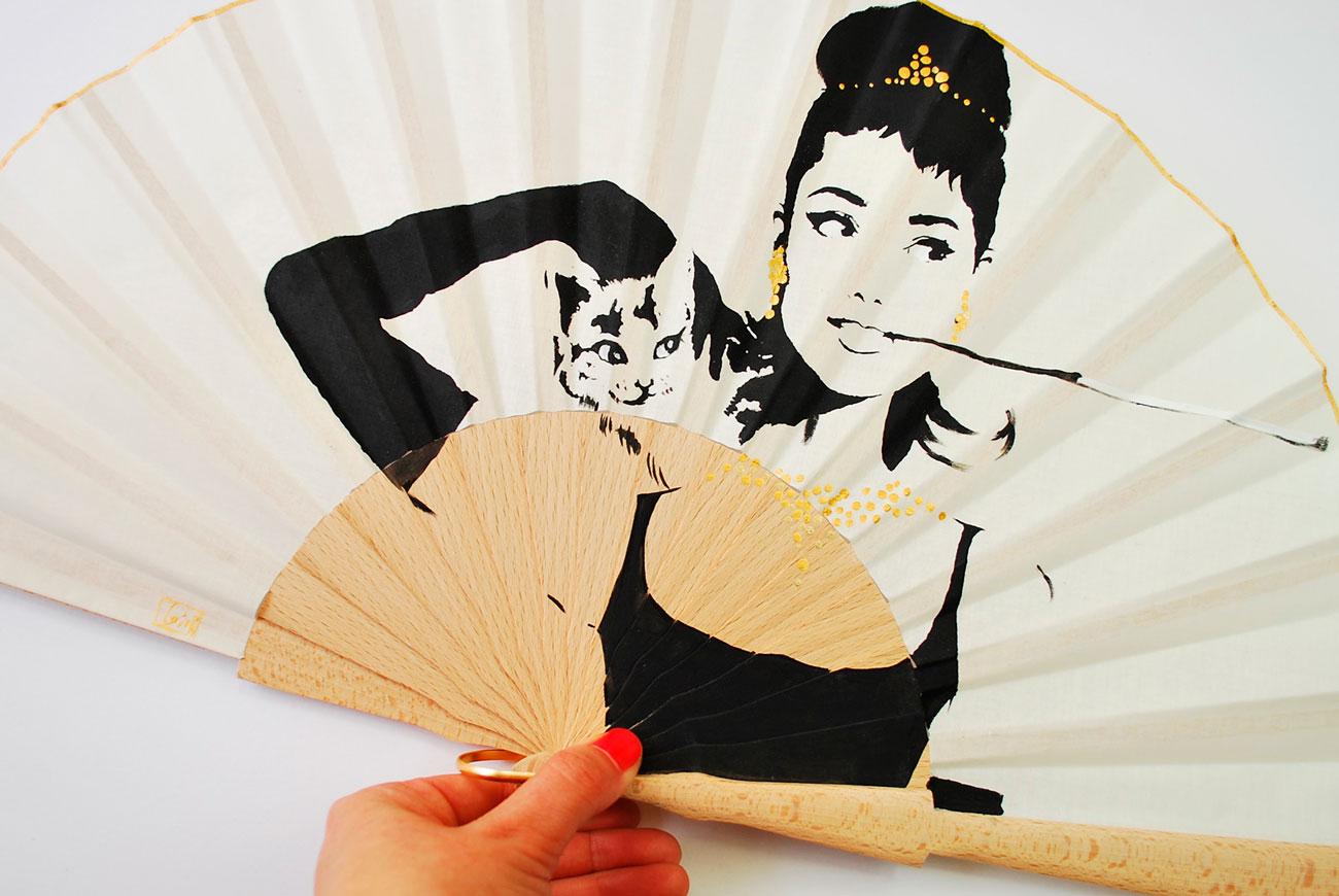 Gigi-hand-fans-Audrey-
