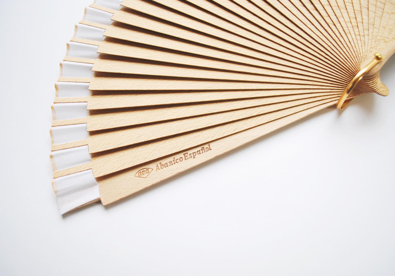 jiraf-gigi-hand-fans-3