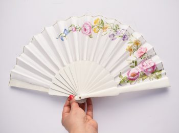 Bridal fan white