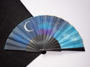 hand fan sign zodiac constelation