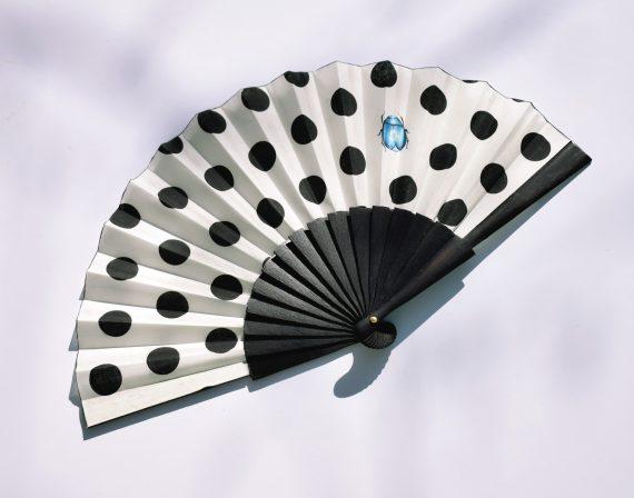 funny polka dot fan, abanico lunares