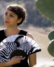 gigi-hand-fans-zebras