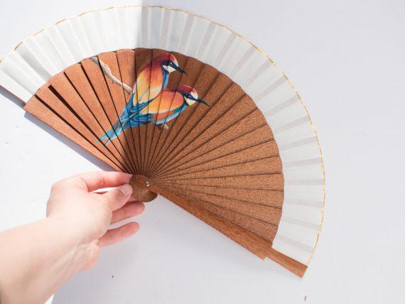 Hand fan birds